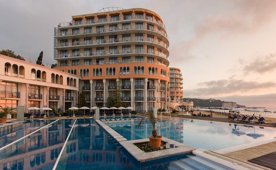 Hotel Azalia 4*, Hl. Konstantin und Helena