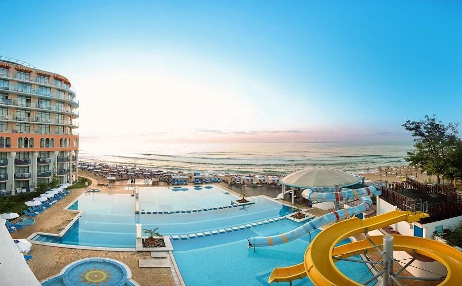 Hotel Azalia Swimmingpool