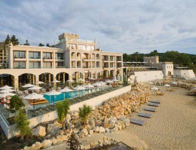Astor-Garden-Hotel-Schwarzes-Meer-Side-View-Beach