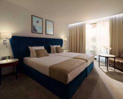 astor-garten-hotel_schlafzimmer_doppel-01_optimized