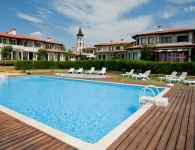 blacksearama-golf-course---villa-mit-pool-3_optimized